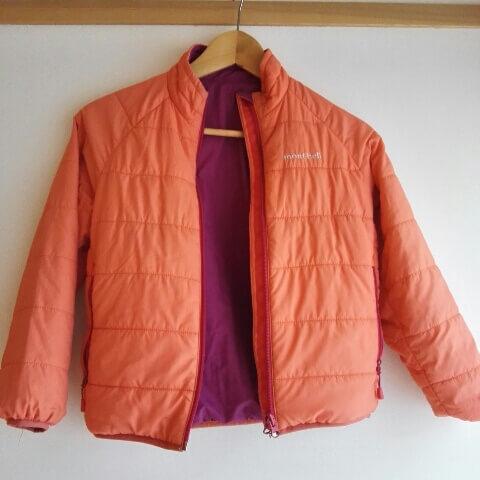 小学生用モンベルのダウンジャケット